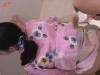 浴衣を着た可愛い子の排泄姿ってまず間違い無いよな!?和式トイレで壁に手を当て極太ウンチを踏ん張り出してますwww