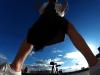 【屋上で野ぐそ】解放感に浸りながらウンコする女性(動画)