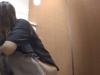 【女子トイレ隠し撮り】あららら・・・ウンチしている所撮られちゃってます(動画)